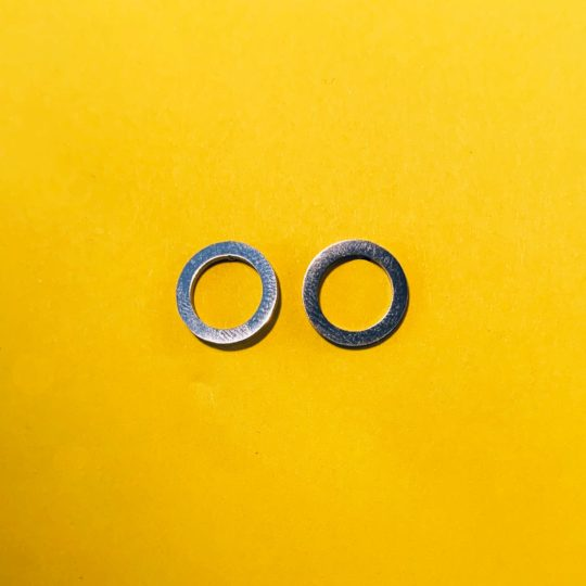 STUDS CIRCLE SILVER