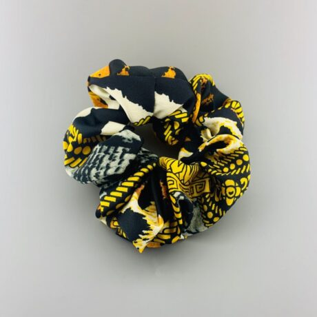 CHAIN LEOPARD SCRUNCHIE YELLOW