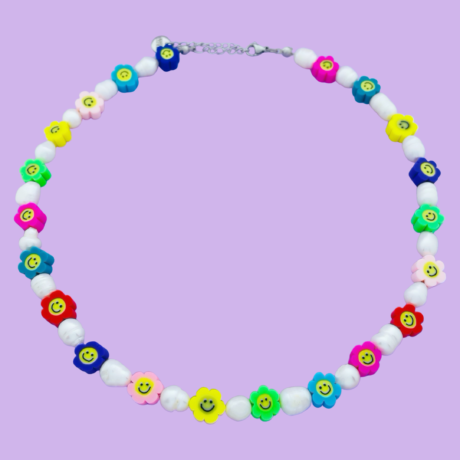 FLOWER SMILEY PEARL NECKLACE